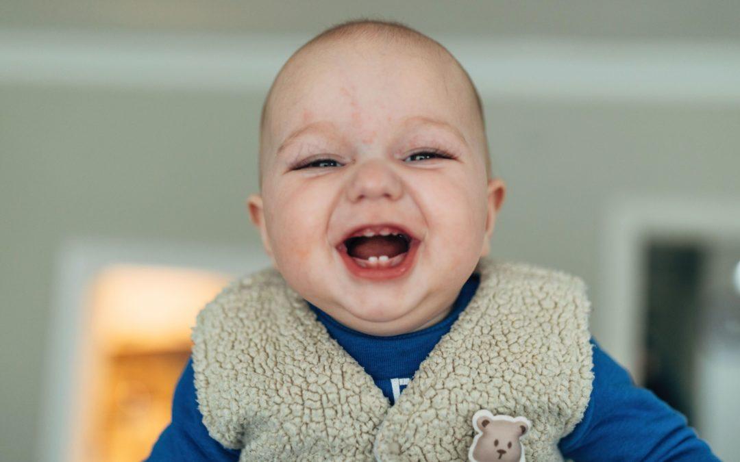 Bayi Menggigit Saat Menyusui, Simak Antisipasinya!